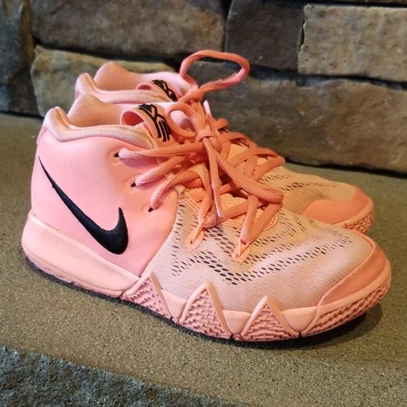 cheaper 8d9ea d42ab Nike Kyrie 4 Atomic Pink & Black Tennis Shoes 1Y